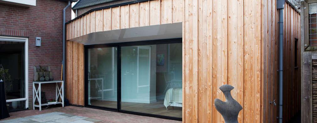 Home Extension Westervoort: moderne Huizen door Kevin Veenhuizen Architects