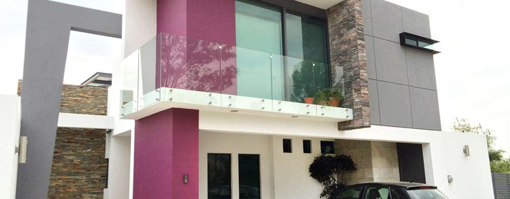 20 casas de dos pisos dise adas por arquitectos mexicanos for Fachadas de casas de 2 pisos con balcon