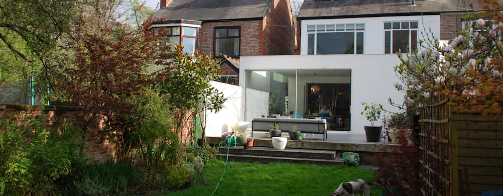 College Road, Manchester.:  Terrace by Studio Maurice Shapero