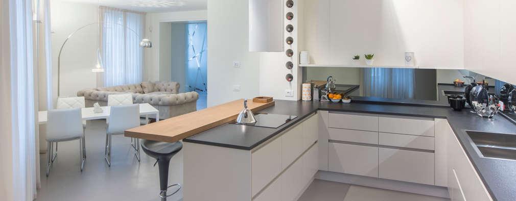 Cocinas de estilo moderno por Studio D73