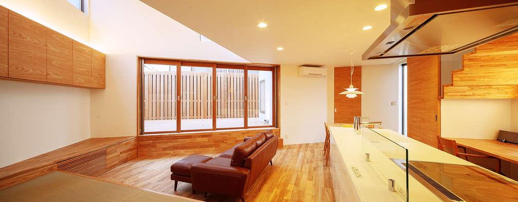 haus-kaap: 一級建築士事務所hausが手掛けたリビングです。