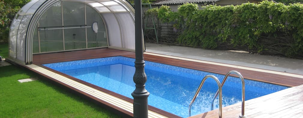 modern Pool by Aquazzura Piscine