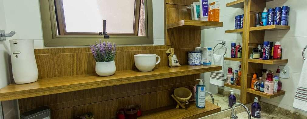 Apartamento com cara de casa - Estilo rústico: Banheiros rústicos por Camarina Studio