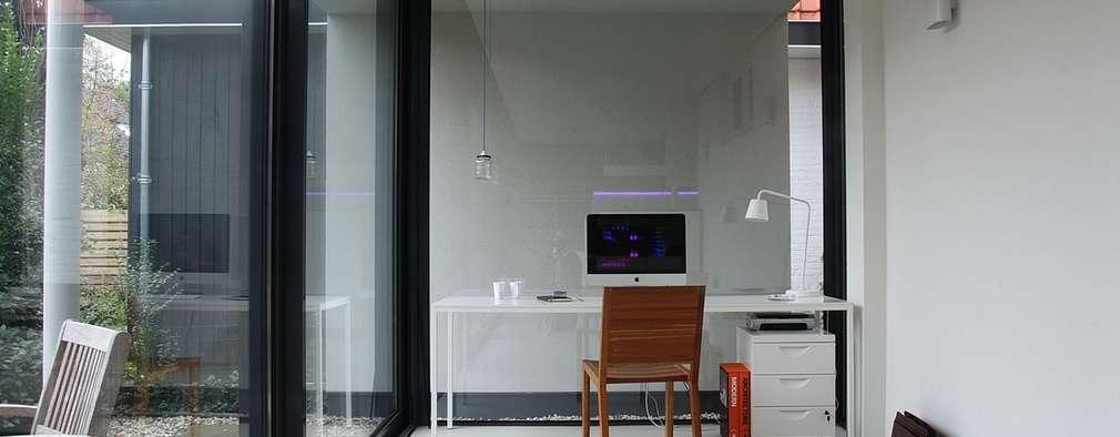 moderne Arbeitszimmer von Architectenbureau Jules Zwijsen