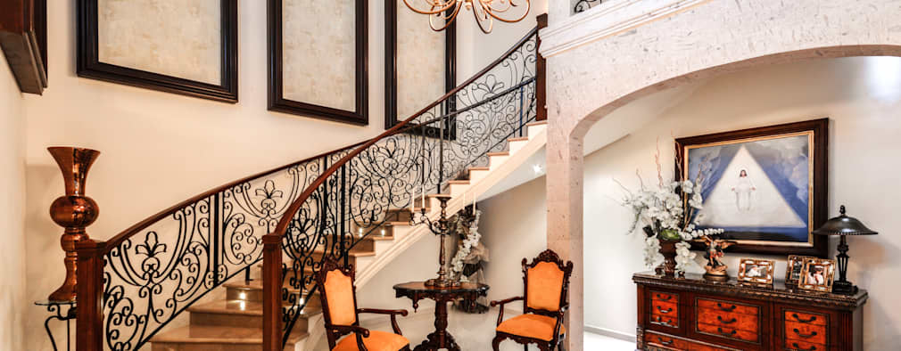 15 escaleras interiores con pasamanos met licos y de madera for Pasamanos de escaleras interiores