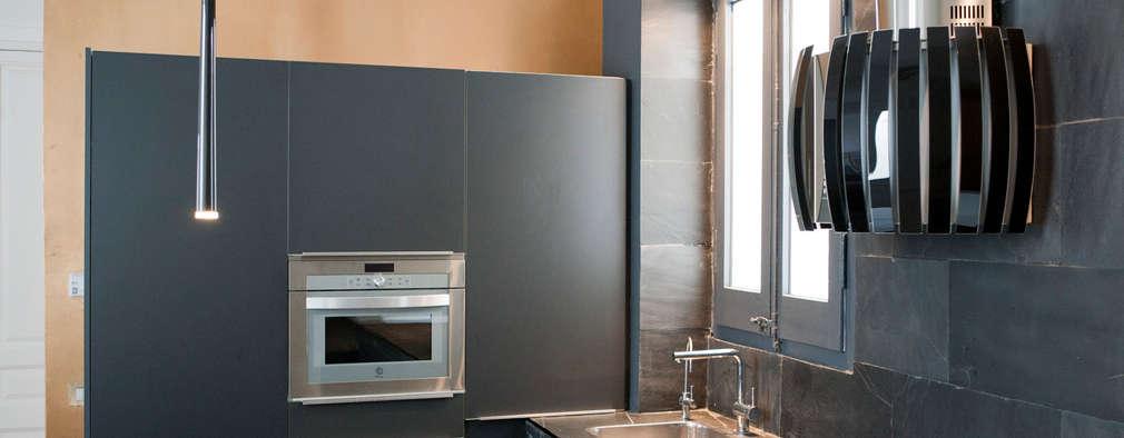 modern Kitchen by jorge rangel interiors