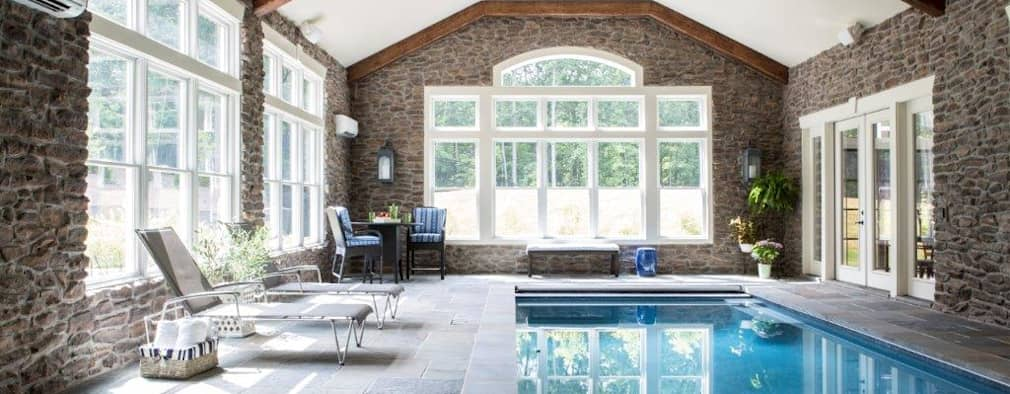 Hồ bơi by Lorna Gross Interior Design