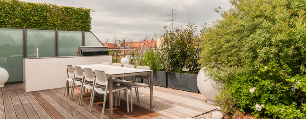 Patios & Decks by Egg and Dart Corporation GmbH & Co.KG   München