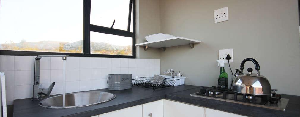 Кухни в . Автор – Berman-Kalil Housing Concepts
