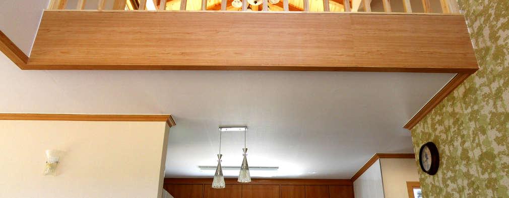 Коридор и прихожая в . Автор – Timber house