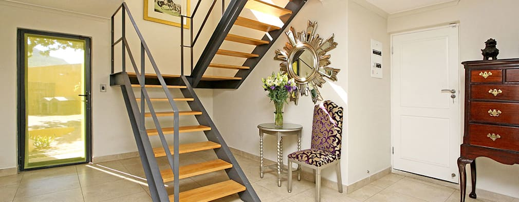 staircase:  Corridor & hallway by Till Manecke:Architect