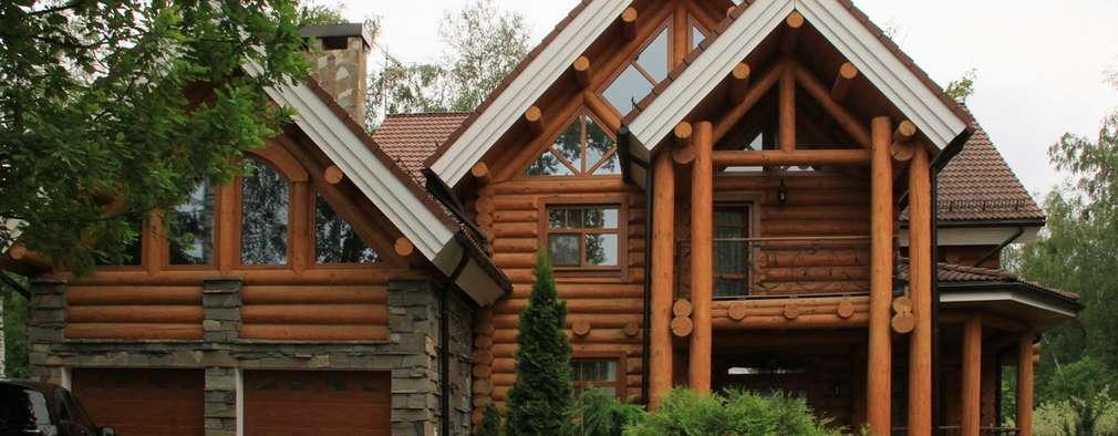 Дом из рубленого бревна. Фото со стороны въезда на участок.:  в . Автор – Vadim Bogdanov