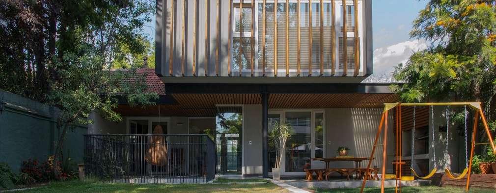 Rumah by Thomas Löwenstein arquitecto