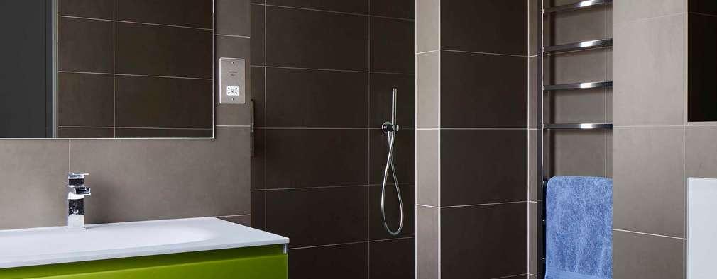 modern Bathroom by Andrew Mulroy Architects
