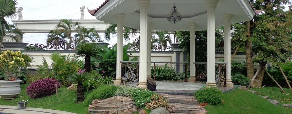 Taman Minimalis:  Taman by TUKANG TAMAN SURABAYA - jasataman.co.id