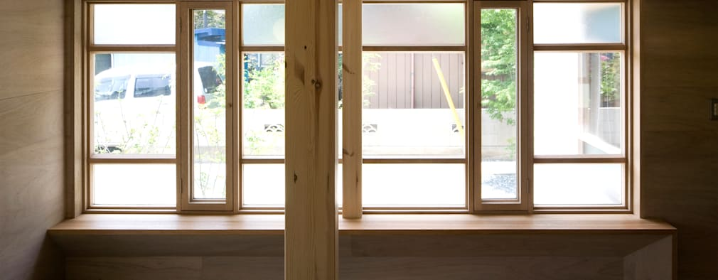 Windows  by 平山教博空間設計事務所