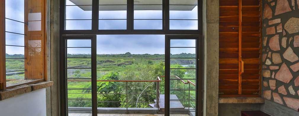 Villa Aaranyak:  Windows by prarthit shah architects