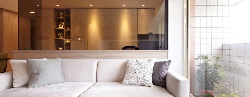 共鳴 resonant frequency:  客廳 by 耀昀創意設計有限公司/Alfonso Ideas