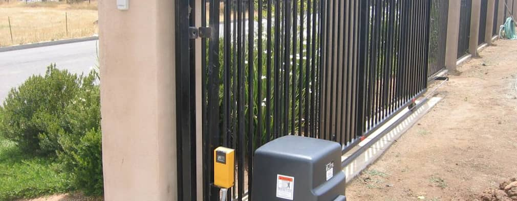 de estilo  por Cape Town Security Gates