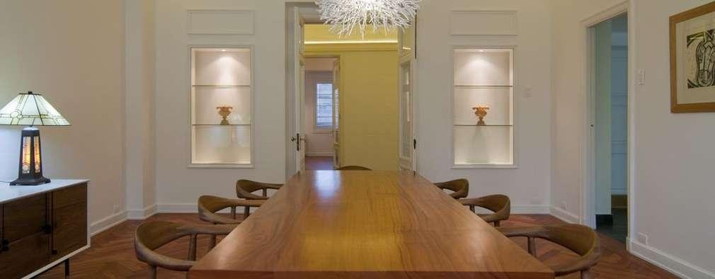 Remodelación Departamento Parque Forestal: Comedores de estilo minimalista por Nicolas Loi + Arquitectos Asociados