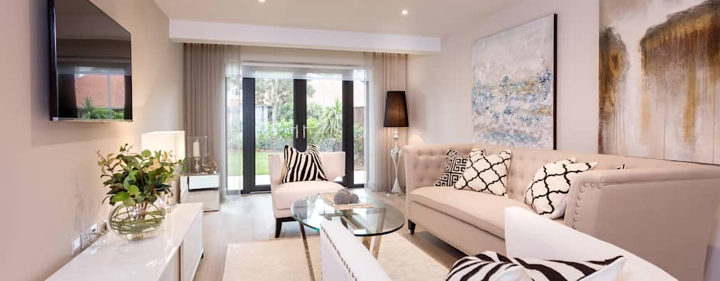 Sandbanks Show apartment: modern Living room by SMB Interior Design Ltd