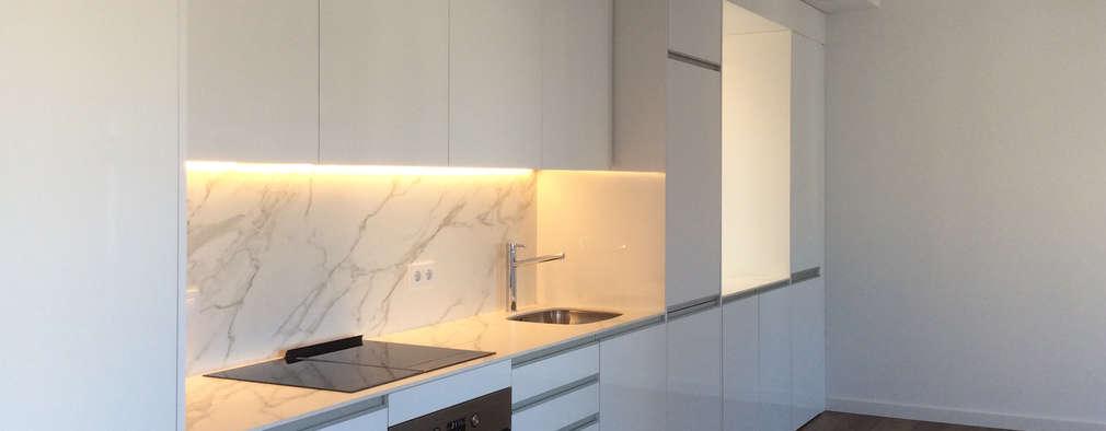 modern Kitchen by GokoStudio