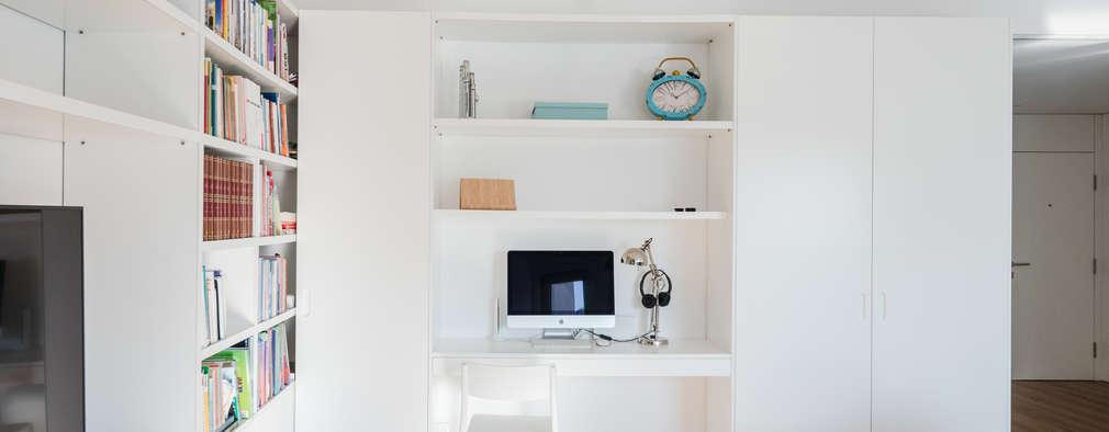 Xavi House: Salas de estar minimalistas por Contexto ®