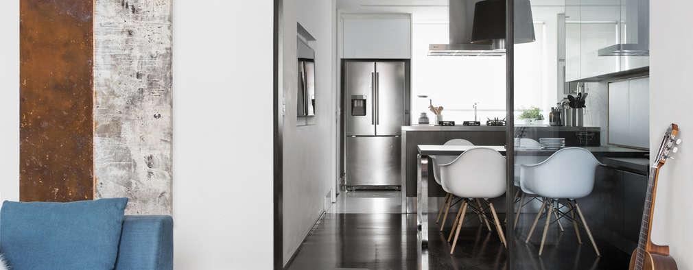 廚房 by DIEGO REVOLLO ARQUITETURA S/S LTDA.