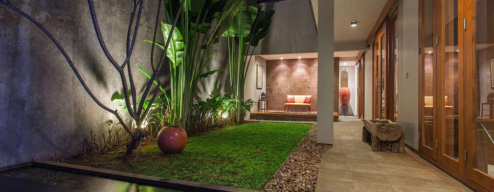 Casas de estilo topical por Inspiratio Indonesia