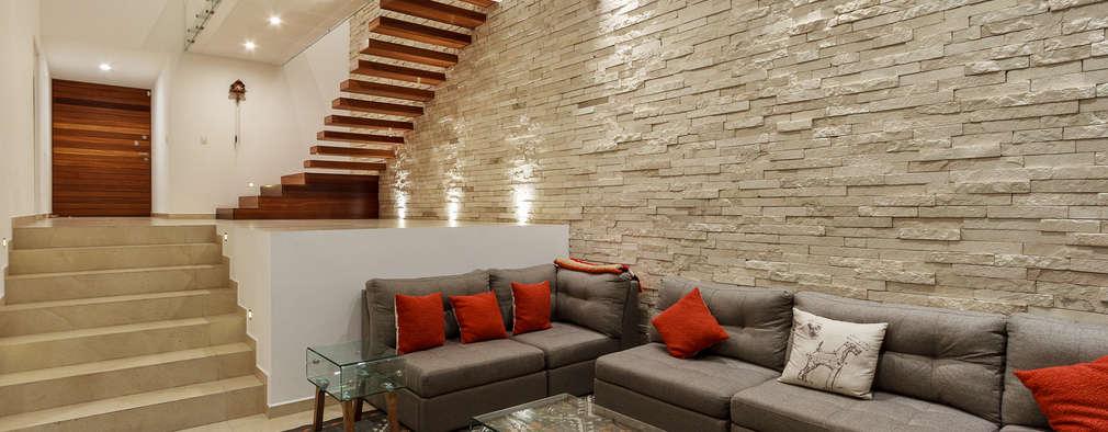 15 dise os de salas modernas con pisos en desnivel for Sala de estar segundo piso