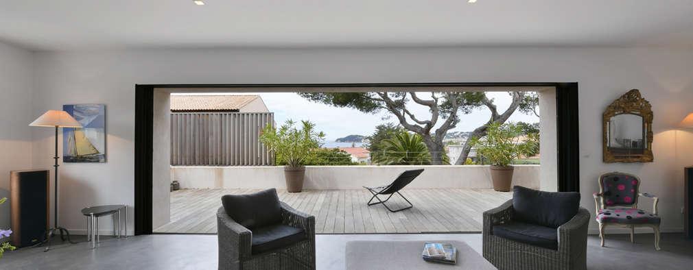 Une Maison Ultra Moderne Avec Piscine