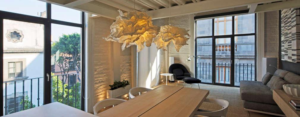 Comedores de estilo moderno por Boué Arquitectos