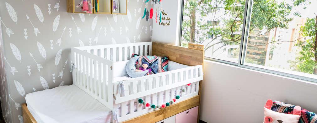 Cuarto de Olivia: Habitaciones infantiles de estilo  por Little One