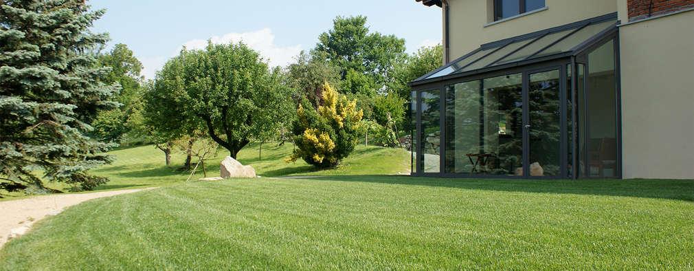 Una casa di campagna moderna for Casa di tronchi moderna
