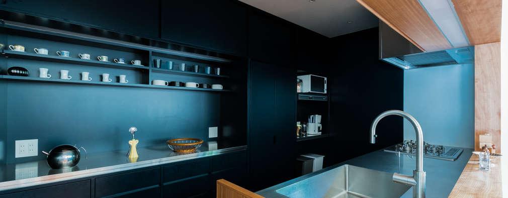 都立大学H邸キッチンリノベーション: Smart Running一級建築士事務所が手掛けたキッチンです。