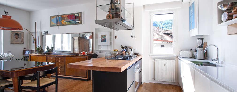 Cocinas de estilo ecléctico por Chantal Forzatti architetto