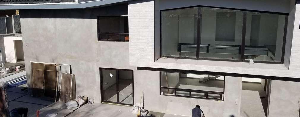 Casas de estilo moderno por AYALA Proyectos y Construccion