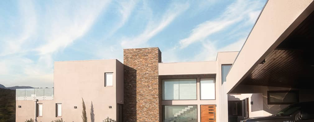 Casa Patio: Casas de estilo moderno por Bauer Arquitectos