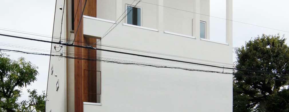 Дома в . Автор – 前田敦計画工房
