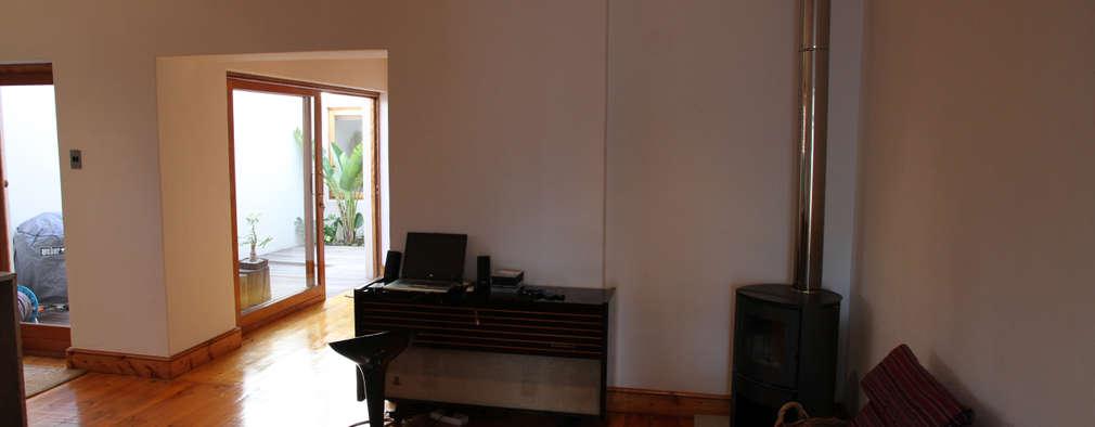 Campbell Street: modern Living room by Alex Jordaan Construction