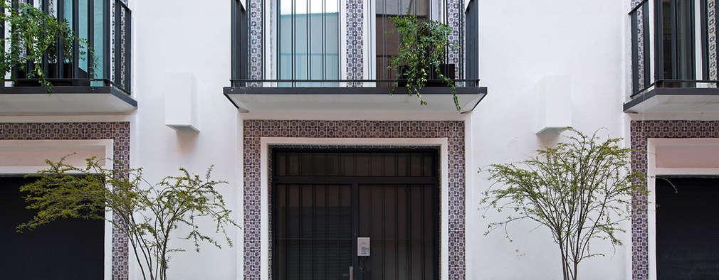 modern Houses by Boué Arquitectos