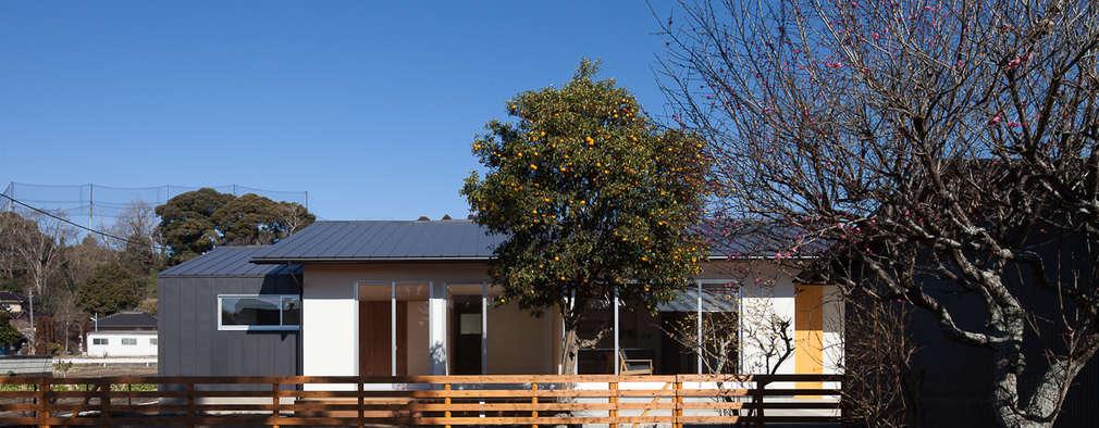 笑顔を奏でる家: 株式会社 井川建築設計事務所が手掛けた浴室です。