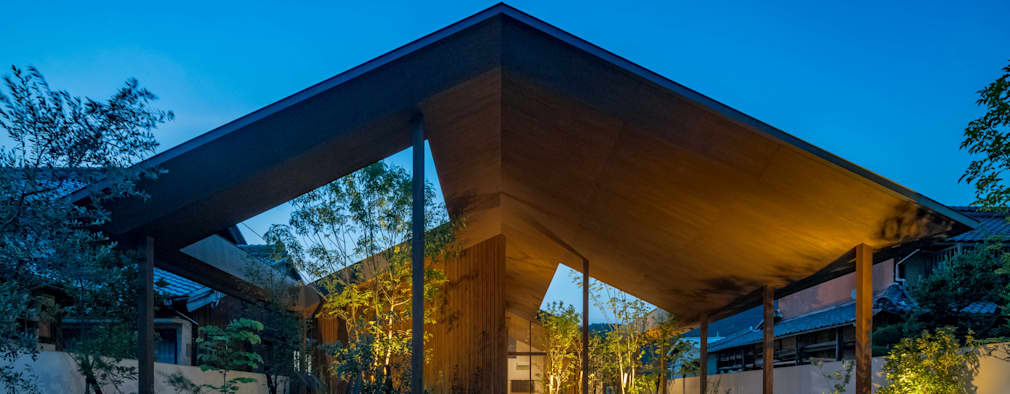 外観 夜景: 武藤圭太郎建築設計事務所が手掛けた家です。