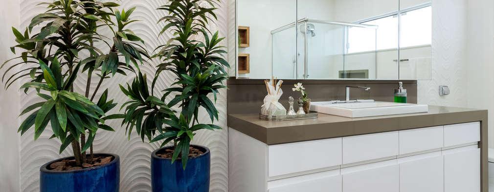 modern Bathroom by Escritorio de Arquitetura Karina Garcia