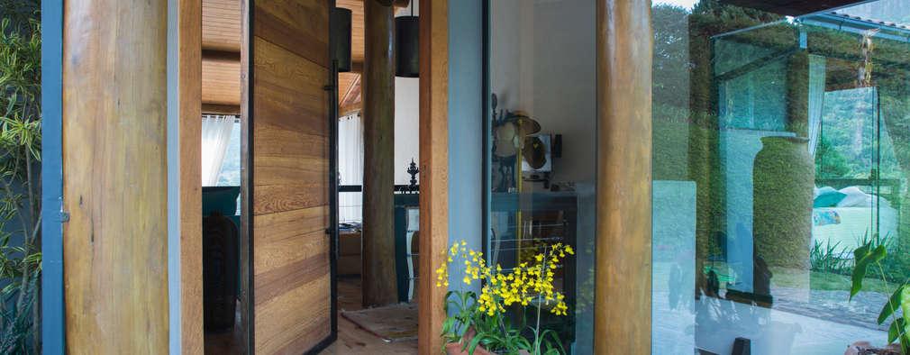 門 by Giselle Wanderley arquitetura