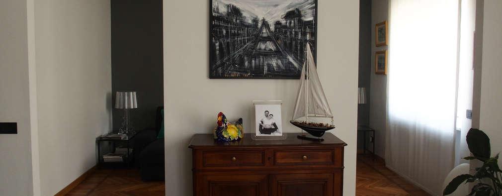 Torino   Ristrutturazione Appartamento: Zona Living: Soggiorno In Stile In  Stile Moderno Di Carolina