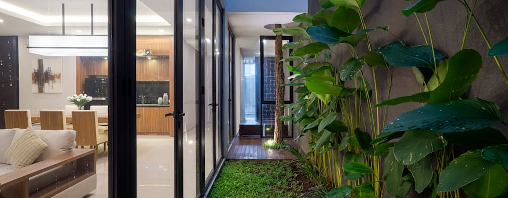 'S' house:  Taman zen by Simple Projects Architecture