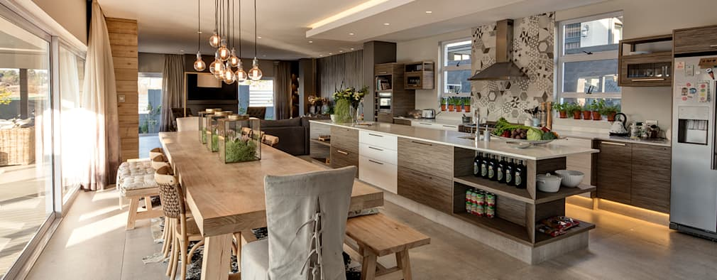 : country Dining room by Spegash Interiors