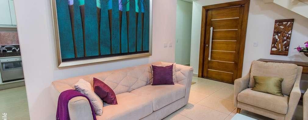 Salas de estilo clásico por Camarina Studio