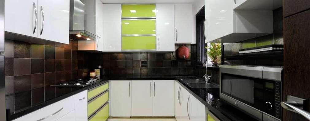 Mumbai Residence,: modern Kitchen by DesignTechSolutions